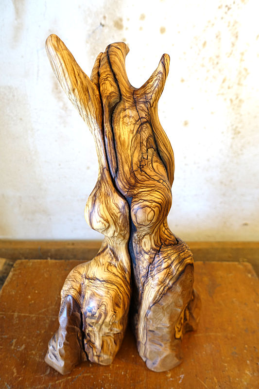 FRAU MIT Kleid | Olivenholz | 28cm